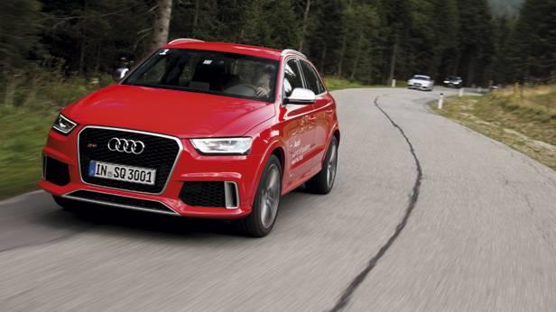 Audi RS Q3 dynamisch in der Kurve