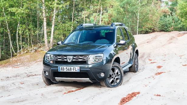 Dacia Duster statisch vorne links