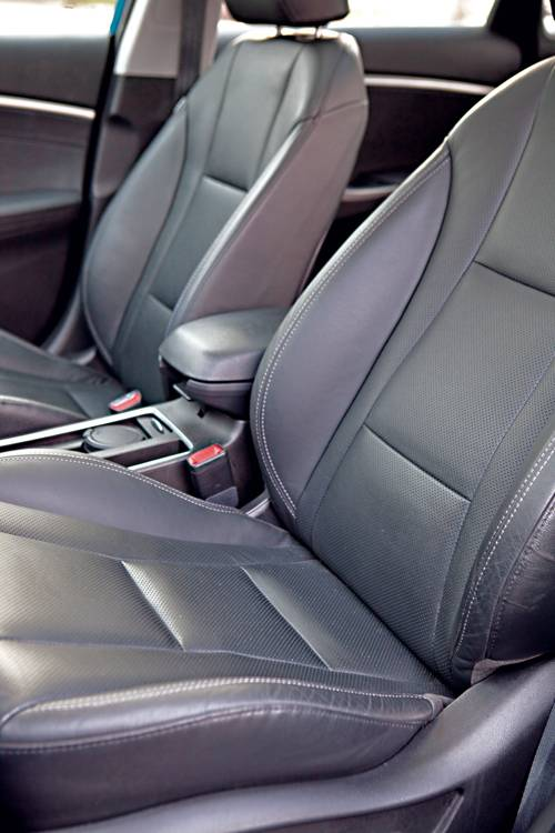 Hyundai i30 1,6 CRDi Premium sitze