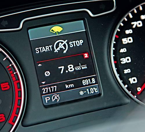 Audi Q3 2,0 TDI quattro S-tronic anzeige