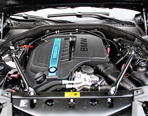 bmw 7 activehybrid motor motorraum