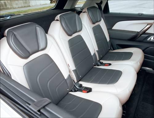 Citroen C4 Picasso e-HDi 115 ETG6 Exclusive silber ruecksitze leder hinten Innenraum