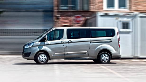 Ford Tourneo Custom 2,2 TDCi L2 Titanium seite