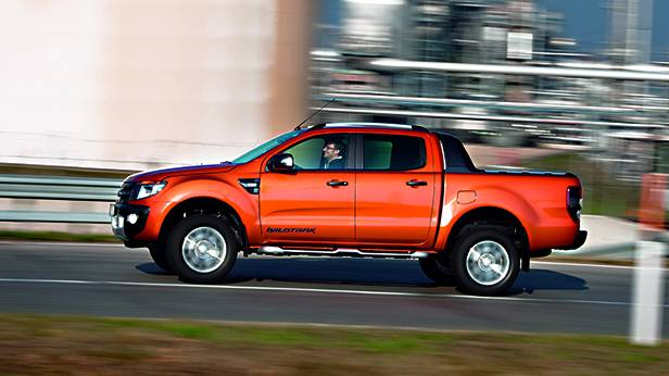 Ford Ranger 3,2 TDCi Wildtrak seitlich