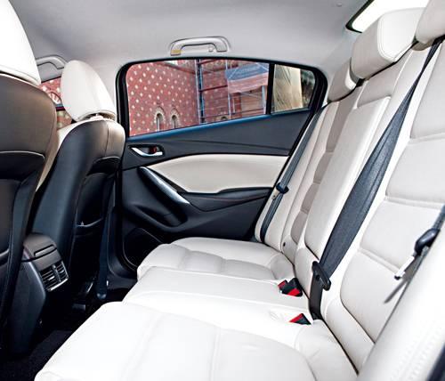 Mazda 6 2,0 165PS Revolution hinten sitzbank rueckbank leder weiß