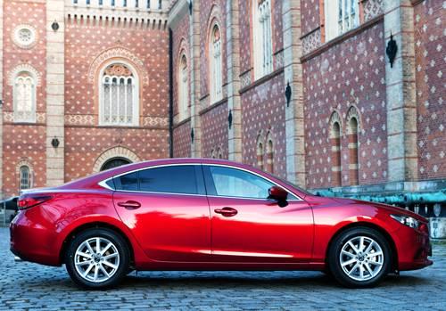 Mazda 6 2,0 165PS Revolution seitlich seite