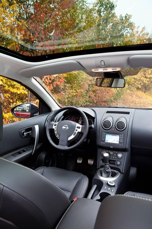Nissan Qashqai+2 Tekna 1,6 dCi 4x4 innenraum panoramadach