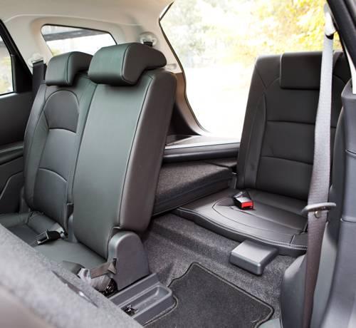 Nissan Qashqai+2 Tekna 1,6 dCi 4x4 innenraum hinten sitze