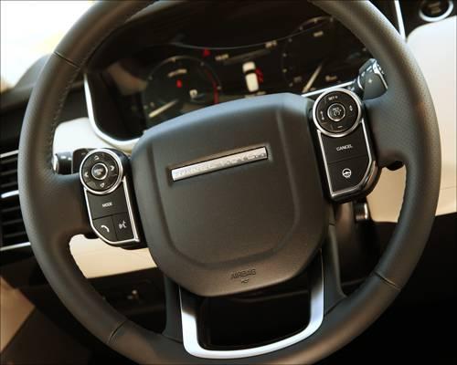 Range Rover Sport 3,0 SDV6 HSE lenkrad innnenraum