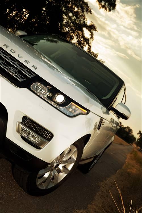 Range Rover Sport 3,0 SDV6 HSE detail front vorne