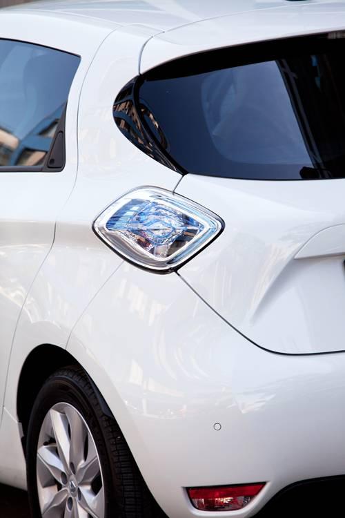 Renault Zoe ZEN heck detail weiß heckleuchte
