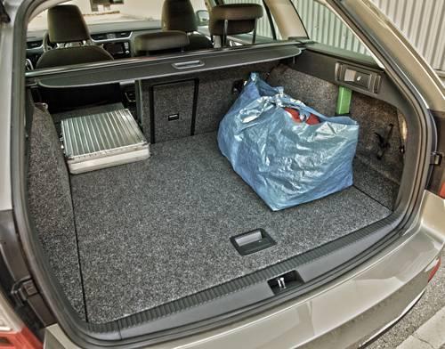Skoda Octavia Combi Elegance TDI 4x4 kofferraum