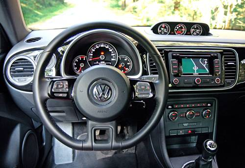 vw beetle innenraum cockpit armaturen competence display