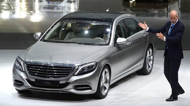 Dieter Zetsche bei einer Mercedes Autopräsentation
