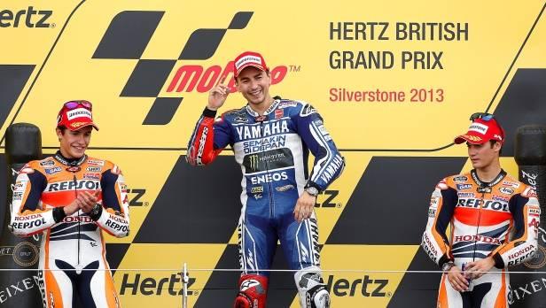Spanischer Feiertag: Lorenzo, Marquez und Pedrosa belegen beim MotoGP in Silverstone die Plätze 1, 2 und 3.