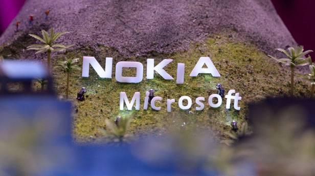 Nokia Schriftzug, darunter der von Microsoft