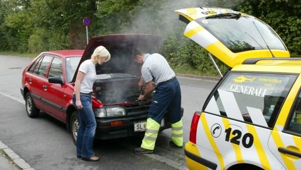 Autostreik in extremer Hitze: Auch im Sommer 2013 waren Probleme mit Batterie und Motor die häufigsten Pannenursachen.