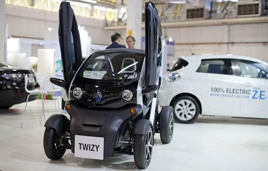 Tausendster E-Renault in Österreich ausgeliefert