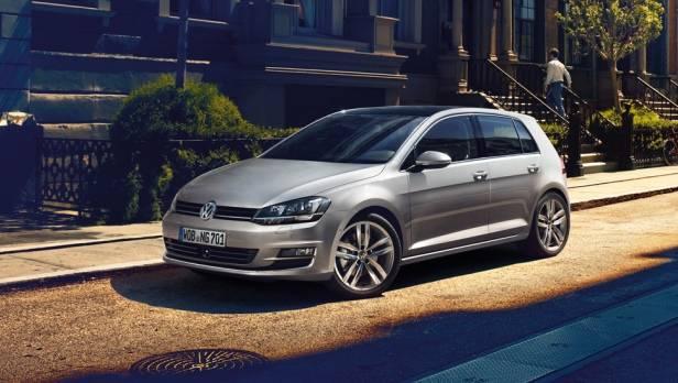 Beachten Sie den Fußraum beim aktuellen VW Golf: Dort könnte sich Kondenswasser ansammeln.