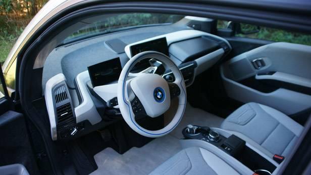 BMW i3 innen lenkrad