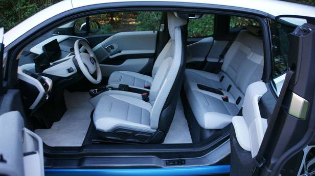 BMW i3 seitlich türen offen