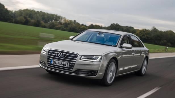 Der Audi A8 von vorne