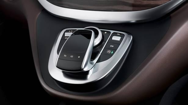 Die Mercedes Benz V-Klasse, die Bedienkonsole