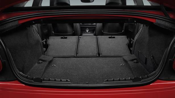 Der Kofferraum des BMW 2er Coupes