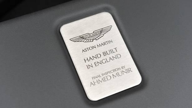 Aston Martin V12 Vantage S, Detail