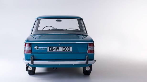 Der BMW 1500 von hinten