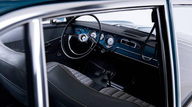 Der BMW 1500 innen
