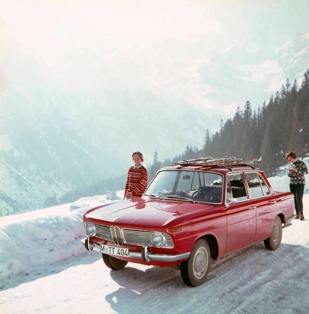 Der BMW 1800 im Schnee