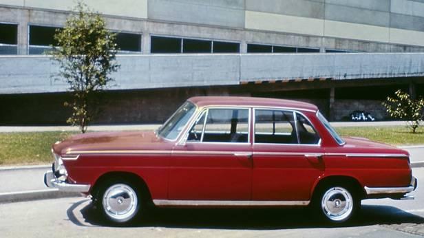 Der BMW 1800 seitlich