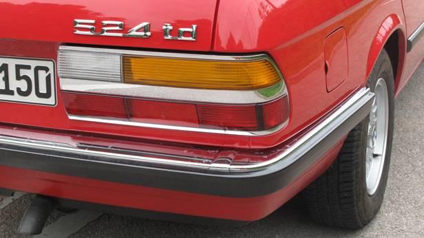 Die Rücklichter des BMW 524 td
