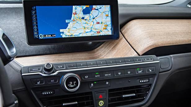 Das Navigationssystem des BMW i3s