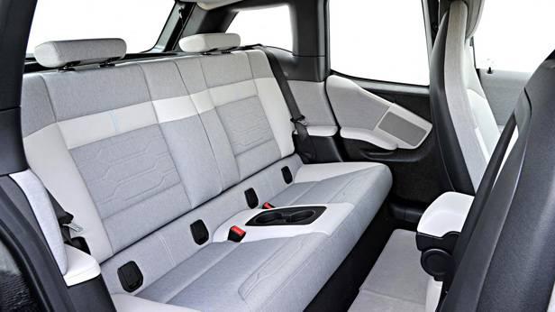 Die Rücksitze des BMW i3s
