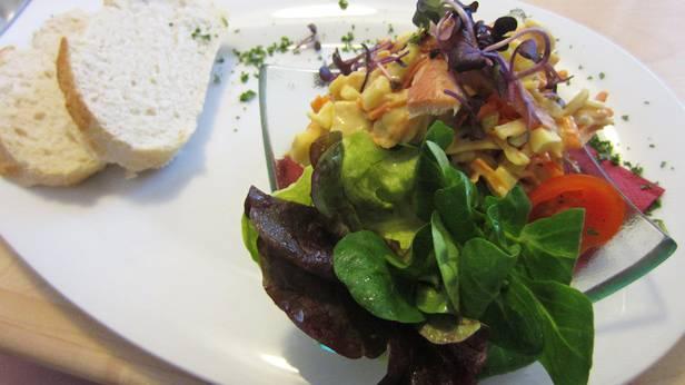 Räucherfisch-Salat salat
