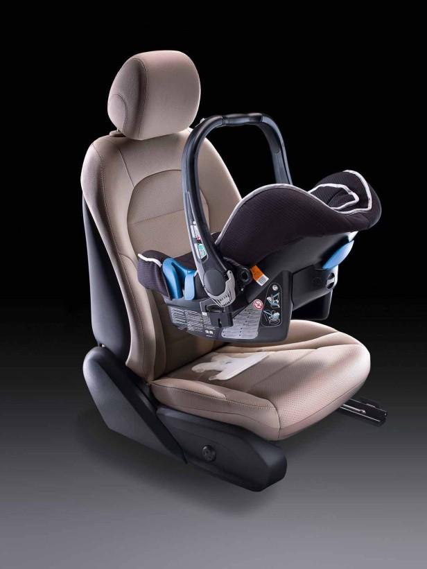 Kindersitz im Mercedes-Benz C-Klasse