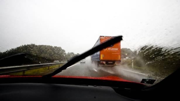 toyota gt86 gt 86 rot tour de france asterix innenraum lastwagen