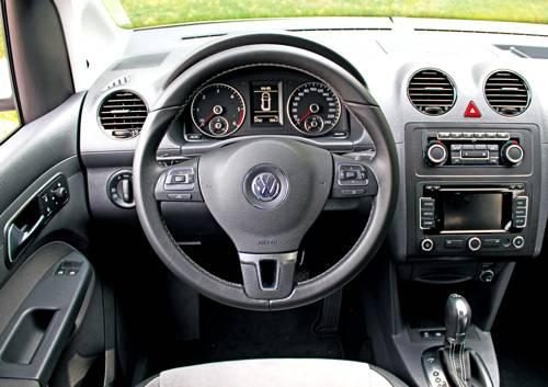 vw caddy tdi edition 30 weiß cockpit innenraum armaturen