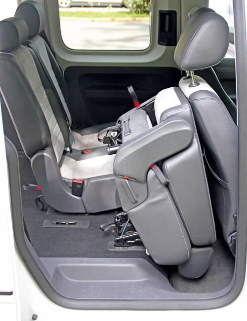 vw caddy tdi edition 30 weiß rueckbank hinten innenraum