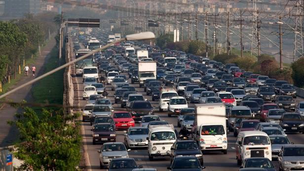Überfüllte Straße in Sao Paulo, Brasilien