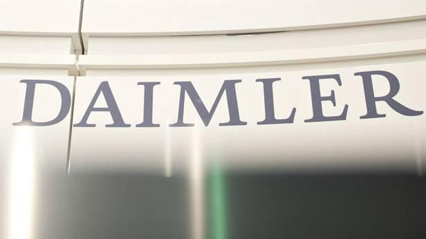 Schriftzug Daimler