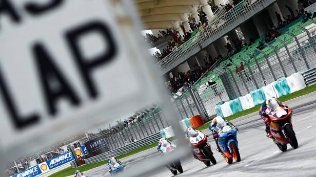 Moto3: Luis Salom (ESP) auf KTM gewinnt in Malaysia
