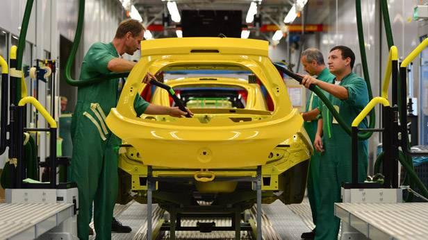 Der Opel Adam wird angefertigt