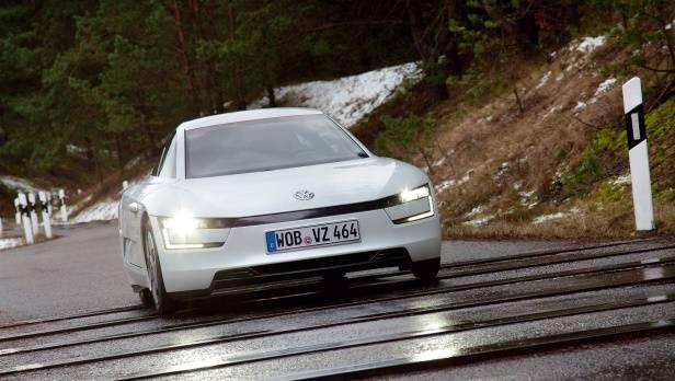 Ein-Liter-Auto VW XL 1 mit ARBÖ-Umweltpreis ausgezeichnet