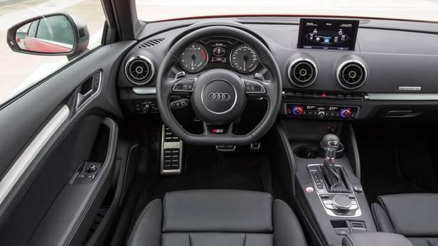 Der Audi S3 innen