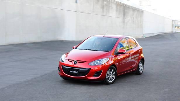 Der Mazda 2 von vorne
