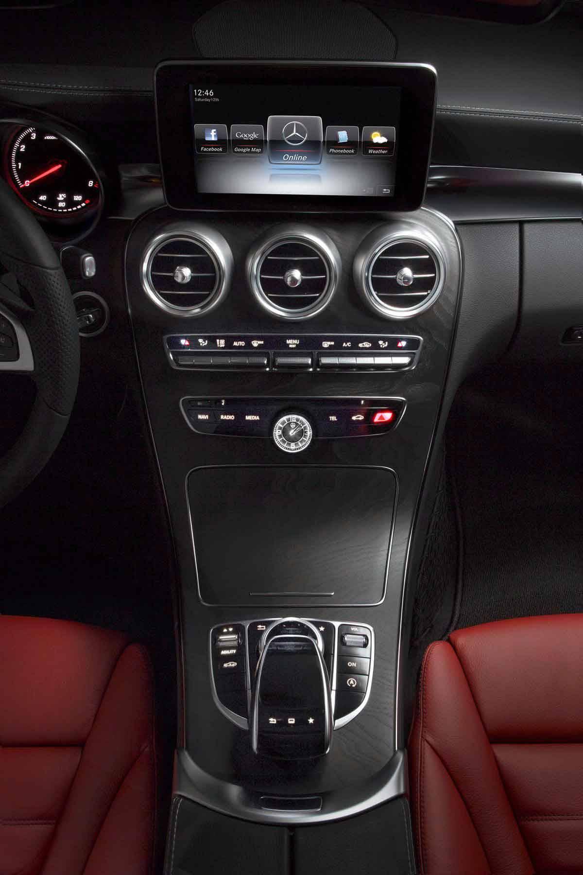 Mercedes C-Klasse Mittelkonsole