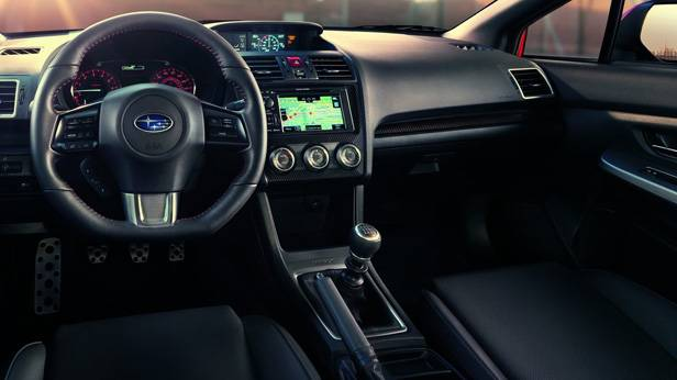 Das Cockpit des Subaru WRX